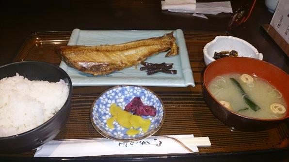 yaki-zakana-teisyoku-sugino-akari